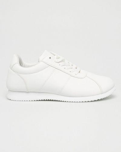 Белые ботинки на шнуровке Answear