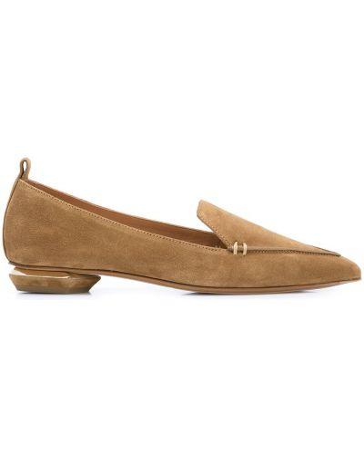 Brązowe loafers zamszowe na obcasie Nicholas Kirkwood