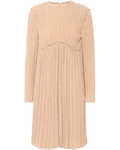 Бежевое плиссированное теплое платье Chloé
