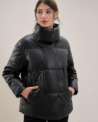 Кожаная куртка на молнии - черная O'stin