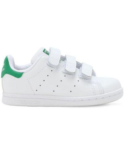 Z paskiem skórzany biały sneakersy na paskach Adidas Originals
