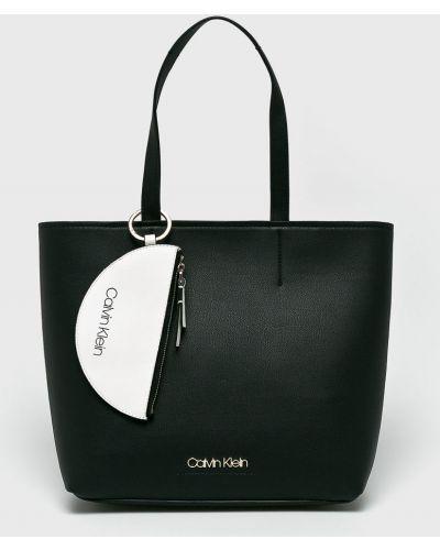 Сумка через плечо шоппер кожаная Calvin Klein