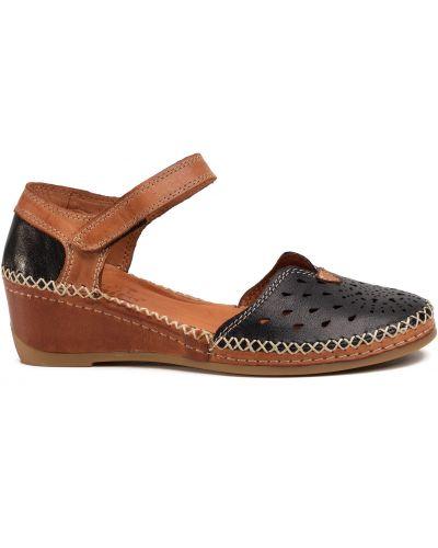 Туфли на танкетке - черные Manitu
