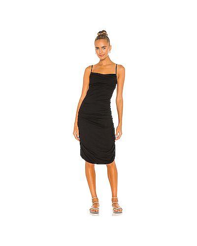 Черное платье на бретелях эластичное Indah