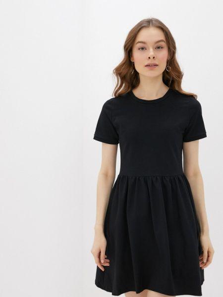 Платье прямое весеннее Numinou
