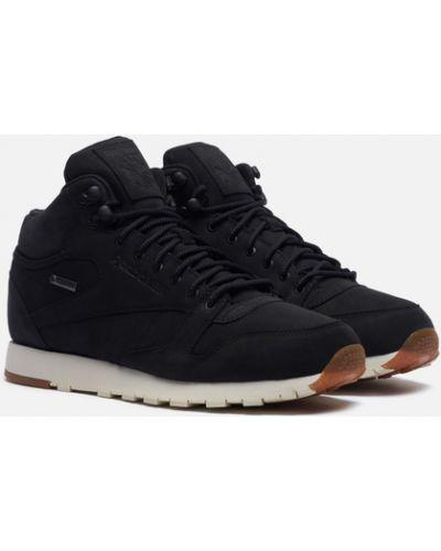 Черные кроссовки утепленные Reebok