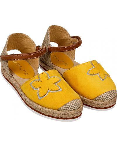 Желтые текстильные босоножки Unisa
