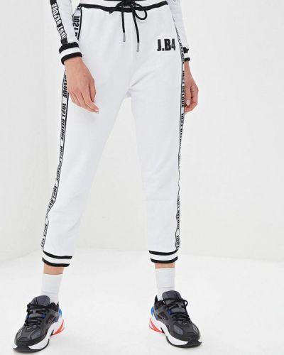 Спортивные брюки белые J.b4