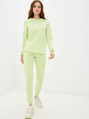 Зеленый весенний спортивный костюм Tenerezza