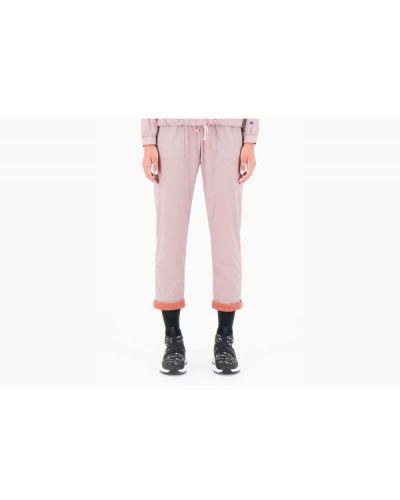 Różowe spodnie materiałowe Champion