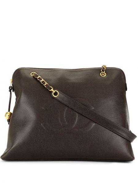Коричневая сумка на цепочке на молнии с подвесками с карманами Chanel Pre-owned