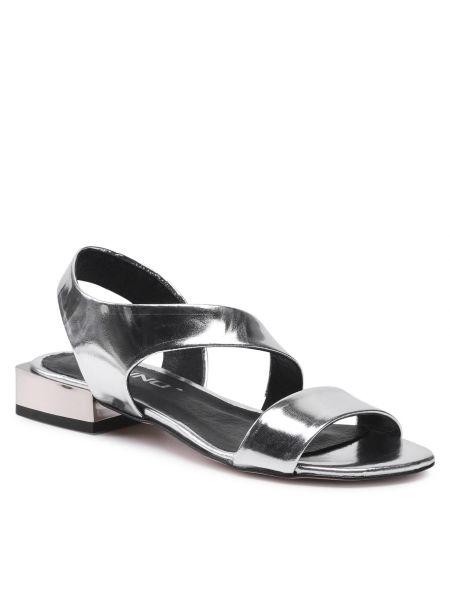 Sandały srebrne Karino
