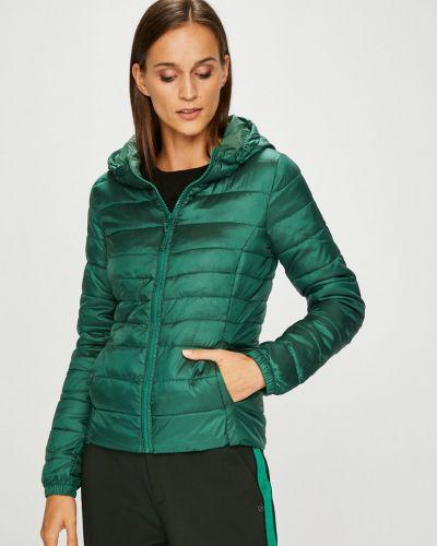 Утепленная куртка с капюшоном укороченная прямая Only