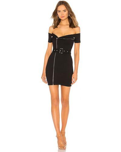 Czarna sukienka z paskiem Superdown