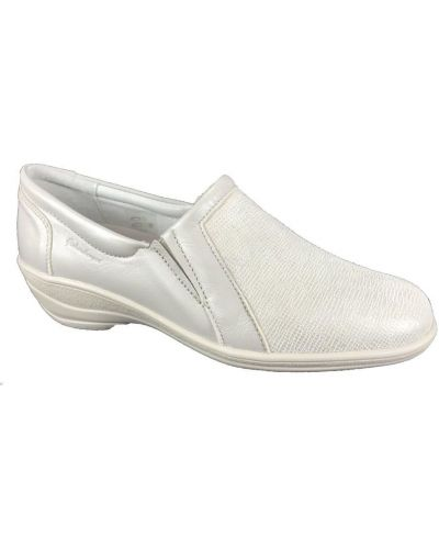 Beżowe loafers Hickersberger
