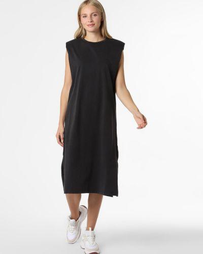 Czarna sukienka na co dzień Mbym