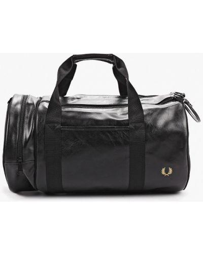 Спортивная сумка кожаная Fred Perry
