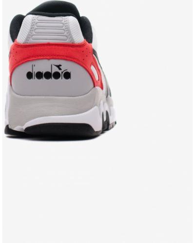 Замшевые кроссовки - белые Diadora