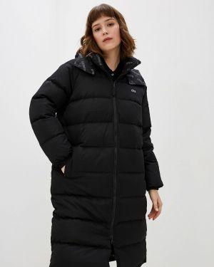 Зимняя куртка утепленная черная Lacoste