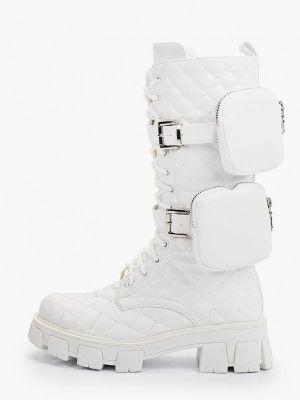 Белые высокие ботинки Marquiiz