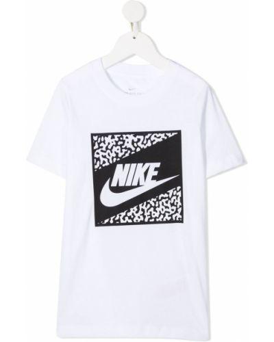 Прямая с рукавами белая футболка Nike Kids
