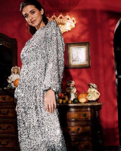 Серебряное вечернее платье с пайетками с открытой спиной на торжество Vovk
