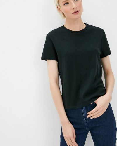 Черная футболка Gap