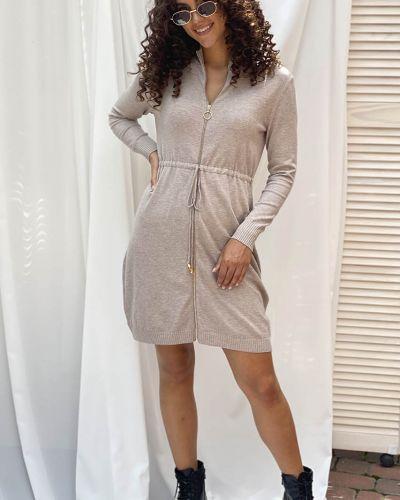Трикотажное платье - бежевое Ebelieve
