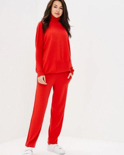 Красный весенний костюм Marytes