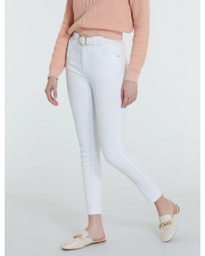 Белые джинсы Piazza Italia
