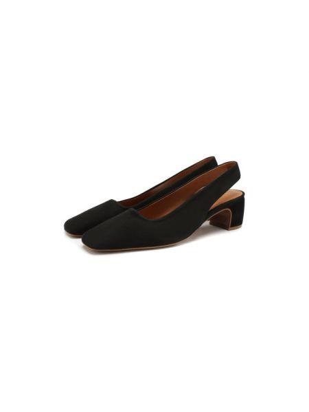 Туфли на каблуке черные бархатные By Far