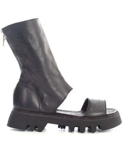 Czarne sandały Guidi