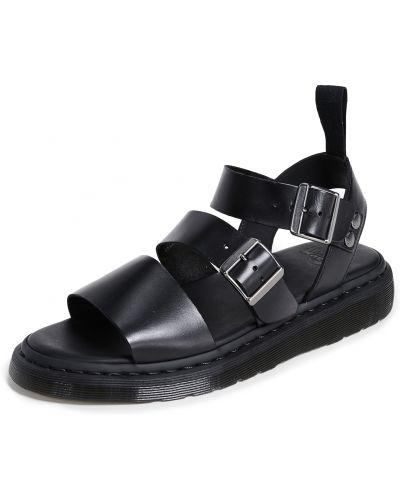 Открытые черные кожаные сандалии Dr. Martens