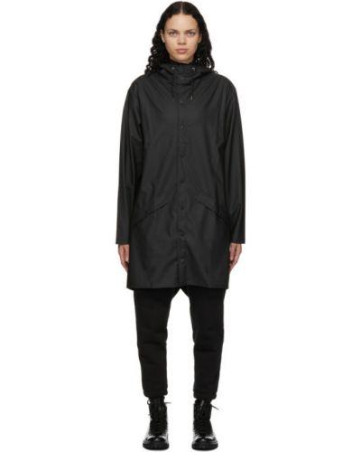 С рукавами черное длинное пальто с капюшоном Rains