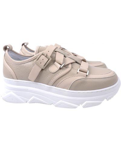 Кожаные кроссовки - бежевые Tucino