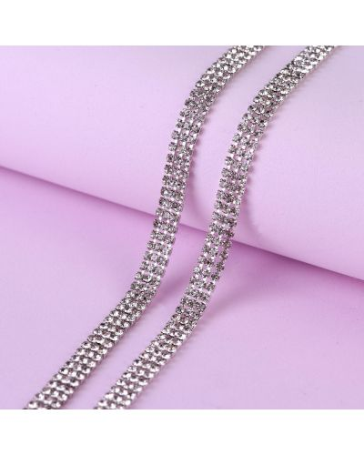 Серебряная цепь со стразами арт узор