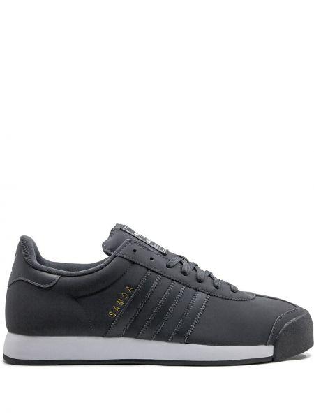 Кожаные кроссовки на каблуке на шнуровке Adidas