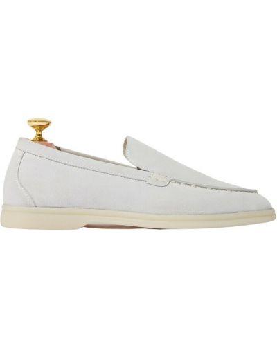 Białe loafers Scarosso
