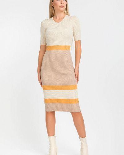 Прямое бежевое платье А-силуэта Clever Woman Studio