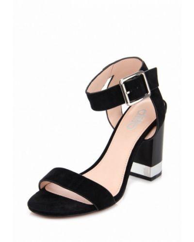 Босоножки на каблуке замшевые черные Ditto