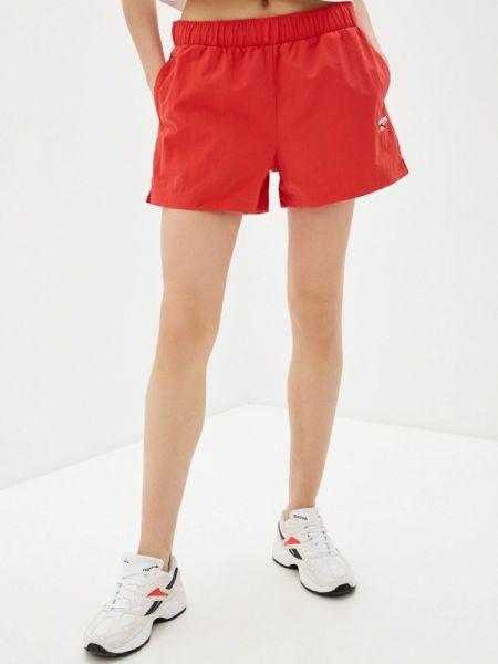 Красные классические спортивные шорты Reebok Classics
