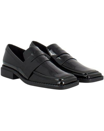 Czarne loafers Vic Matie