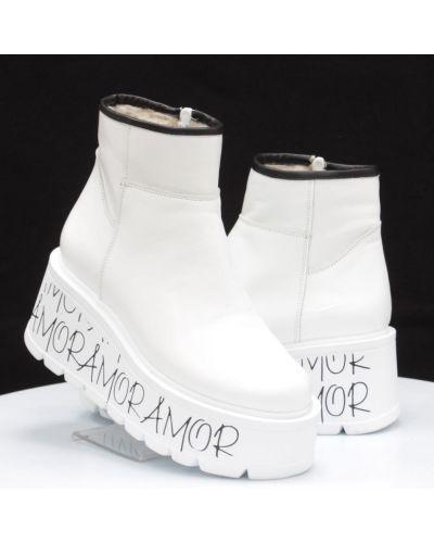 Кожаные ботинки - белые Vitlen
