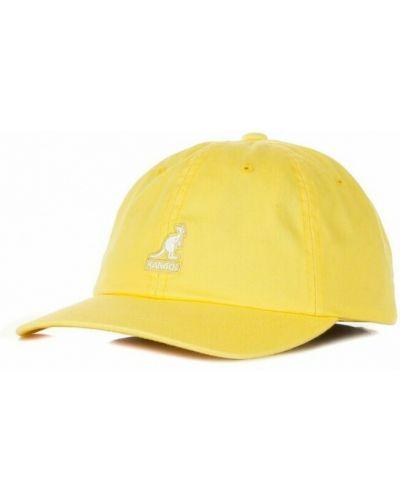 Żółta czapka z daszkiem Kangol