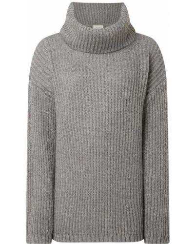 Prążkowany długi sweter z długimi rękawami Levete Room
