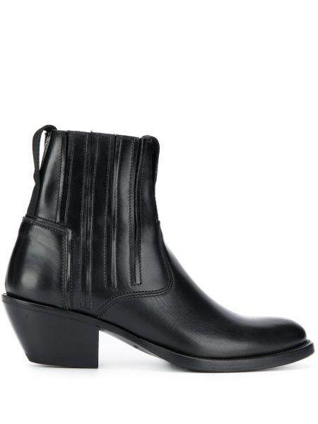 Черные ботинки на каблуке Bruno Bordese