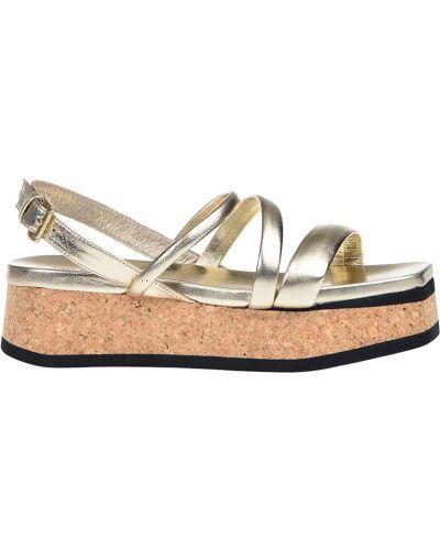 Сандалии на каблуке золотого цвета Vic Matie