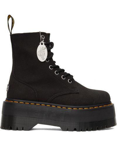 Черные ботинки на шнуровке Dr Martens