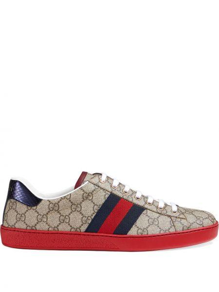 Klasyczny niebieski brezentowy sneakersy Gucci
