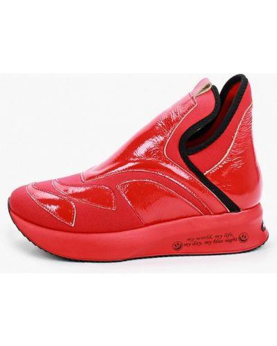 Лаковые красные кожаные высокие кроссовки Ascalini
